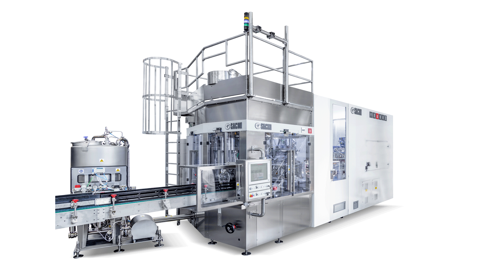 With the XL range, SACMI completes its array of PET bottle stretch-blow moulding and filling solutions