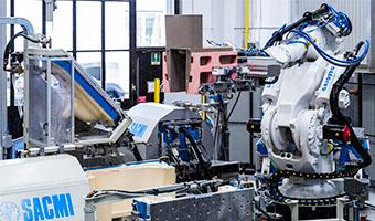 CSLC41-foto-17-Robot-di-sformatura.jpg