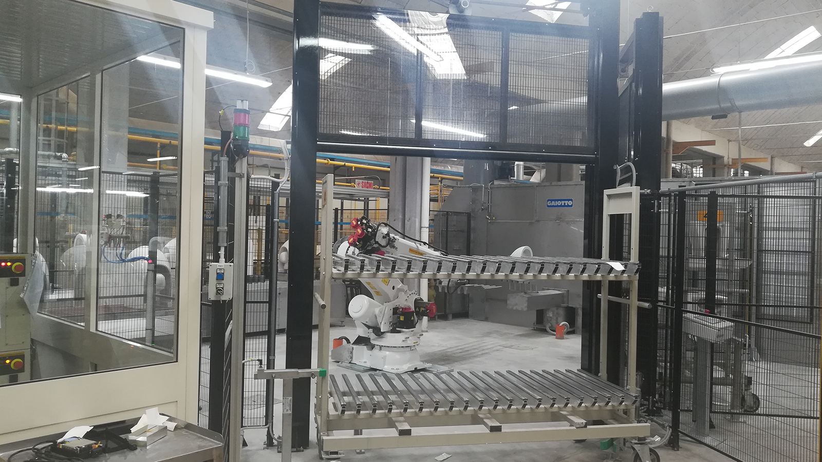 Flaminia robotized handling